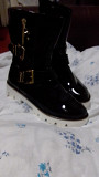 Selling black lacquered leather boots 39r Ирпень
